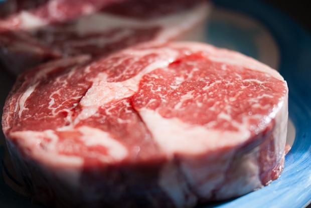 raw-red-meat-steak-flickr-tarale