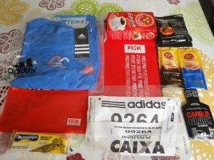 Kit da Meia Maratona Internacional do Rio. A inscrição foi R$90.